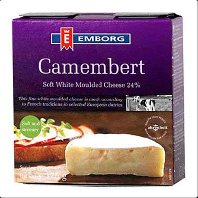 Camembert emborg danish
